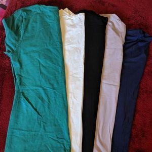 Bundle of 5 Gap t-shirts